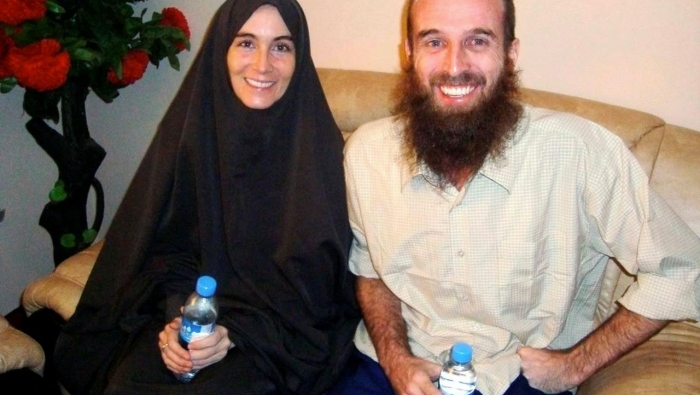Amanda Lindhout en Nigel Brennan, kort na hun vrijlating in november 2009 | Somalian Government / Handout