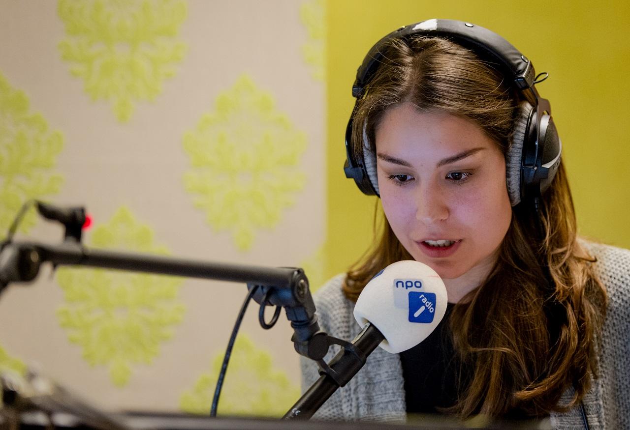 Amber Brantsen Nieuwe Presentator Bij Nos Journaal Villamedia