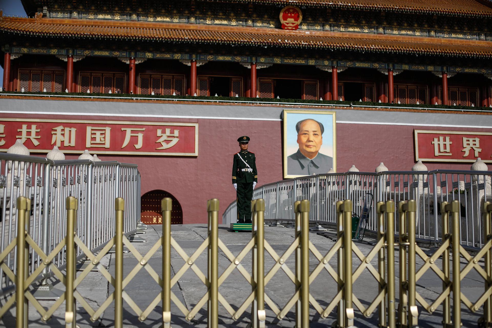 china  eu bezorgd over arrestatie zweedse uitgever    villamedia