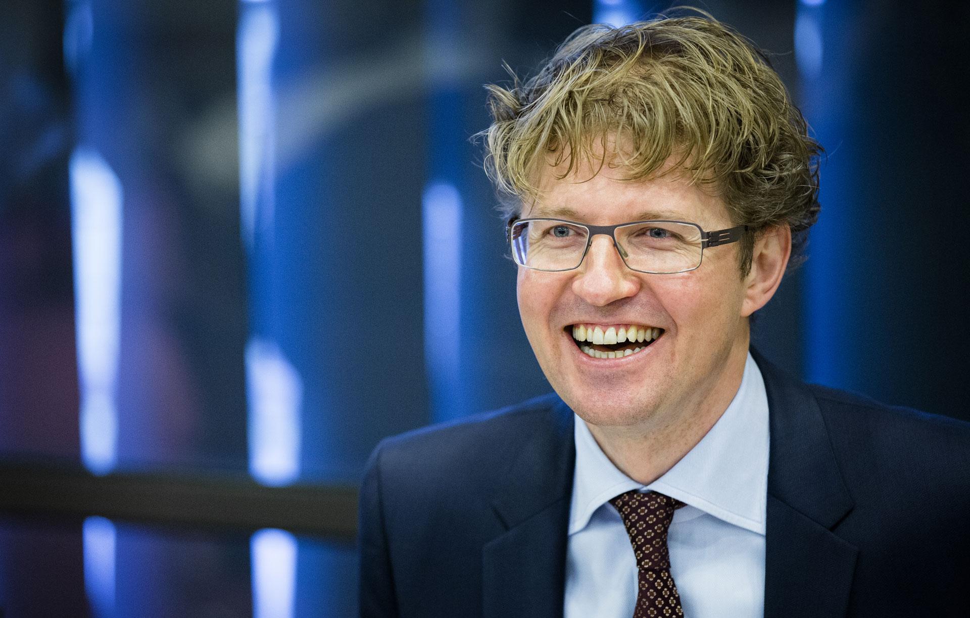Provincie friesland trekt knip voor omrop fryslan - Kamer vreest ...